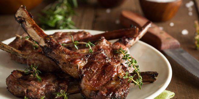 آداب خوردن گوشت