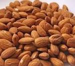مصرف بادام برای سلامتی قلب مفید است