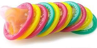 اگر همسرتان راضی به استفاده از کاندوم در رابطه جنسی نبود، چه باید بکنید