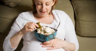 آیا در دوران بارداری باید به اندازه دو نفر بخورم؟
