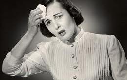 چرا خانمهای یائسه خیلی عرق میکنند؟