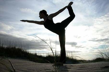 تمرین ورزشی برای قفسه سینه و کمر در منزل