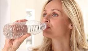 مصرف آب به كاهش وزن كمك می كند