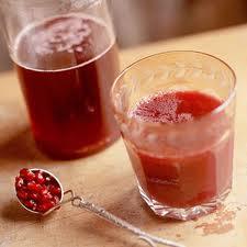 مصرف آب انار در پیشگیری و درمان سرطان سینه موثر است