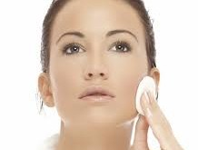 حساسیت به مواد آرایشی