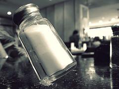 میزان استفاده نمک در صنایع غذایی ایران بیش از حد مجاز است