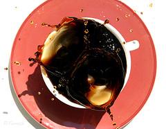 قهوه بنوشید