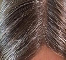 استفاده از رنگ مو، سفیدی را تشدید نمی کند یا آن را به تاخیر نمی اندازد