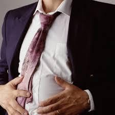 ۶ ماده غذایی برای از بین بردن نفخ شکم