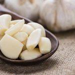 الثوم لعلاج التهابات الحلق