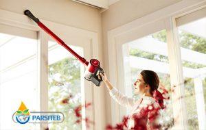 تنظيف البيت خلال الحمل-تعليق الستائر وتنظيف السقف من الأعمال التي لاينبغي على المرأة الحامل